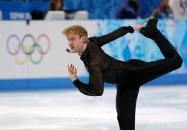 With Walker comfortably in the lead after three rounds, Fuchs took off for Sochi to pursue his true passion... Ice dancing